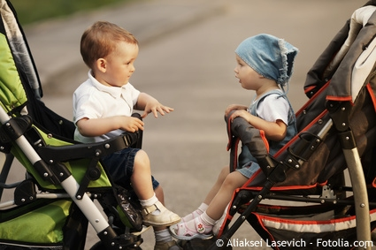 Babys im Kinderwagen transportieren