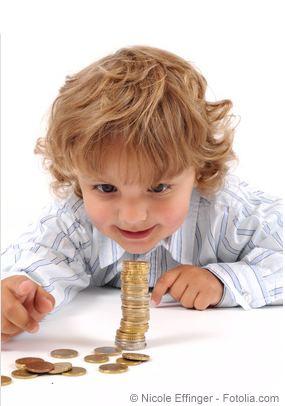 Taschengeldtabelle - Den Umgang mit Geld sollte man schon früh üben.